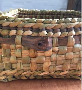 Bread basket willow bark detail
